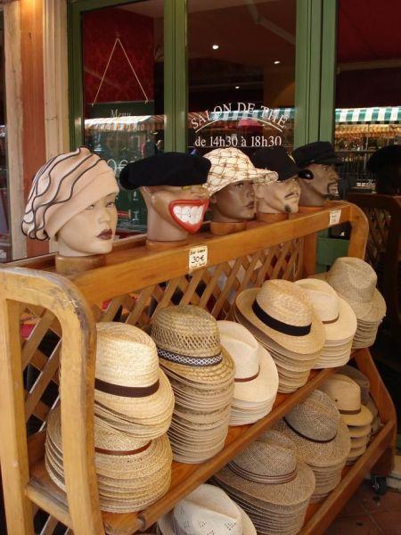 052---Hats