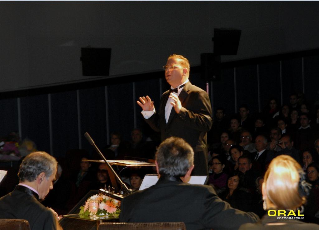 Avni Anıl Anma Konseri (2009)