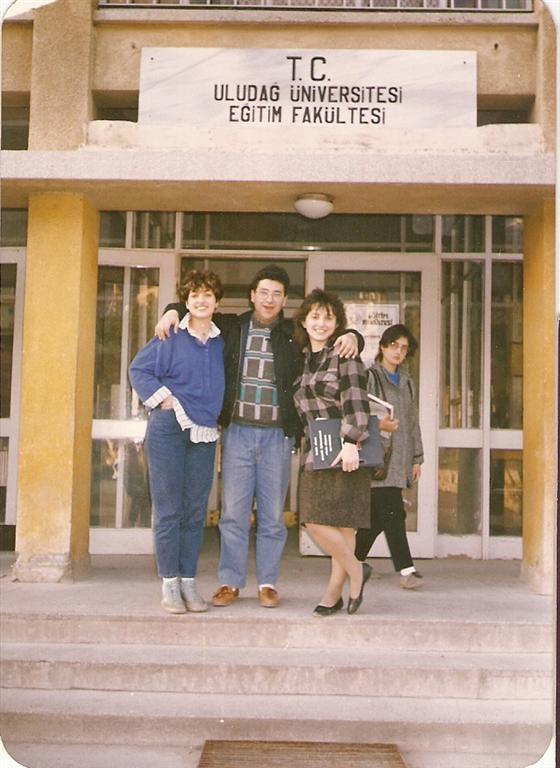 Uludağ Üniversitesi Eğitim Fakültesi (1990)